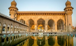 Hyderabad - Private Tour of Historical Monuments