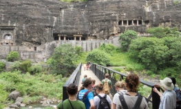 All Inclusive Mumbai Elephanta Caves Private Tour